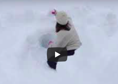 Ariane creuse des tunnels dans la neige